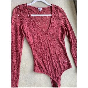 Dark Pink Lace Bodysuit from Tobi! Size M!